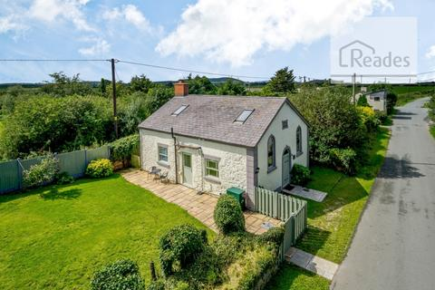 3 bedroom detached house for sale - , Sarn CH8 9