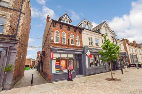 2 bedroom apartment for sale - Greenwood Street, Altrincham, Cheshire, WA14