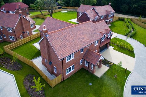5 bedroom detached house for sale - WEAVERS PARK DEVELOPMENT, HEADCORN - LAST REMAINING 5 BED