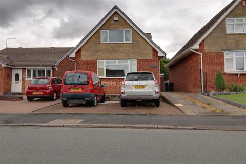 3 bedroom bungalow for sale - Ferndown Drive, Clayton, ST5 4BP