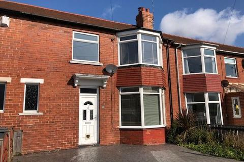 3 bedroom terraced house to rent - Paington Ave, Monkseaton, Whitley Bay.  NE25 8SZ