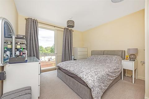 1 bedroom flat for sale - Alderwick House, Alderwick Drive, Hounslow, Middlesex