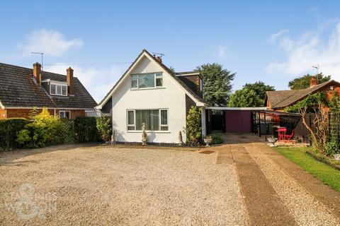 3 bedroom chalet for sale - Hemblington Hall Road, Hemblington, Norwich