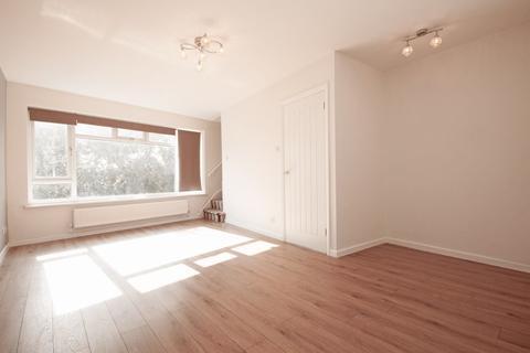 2 bedroom maisonette to rent - Great North Road, New Barnet EN5