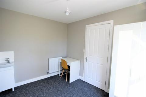 1 bedroom house share to rent - Robertson road, Brighton(Double room)