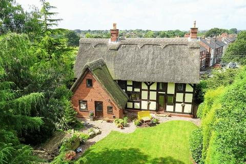 4 bedroom detached house for sale - Miles Green Farm, Miles Green, Staffordshire