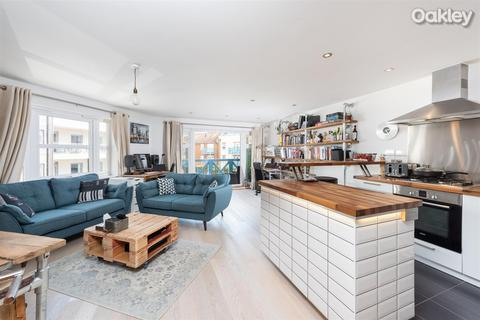 2 bedroom flat for sale - Carrick Walk, Broad Reach Mews, Shoreham-By-Sea