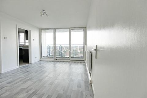 3 bedroom apartment to rent - Hastings House, Sherborne Avenue, ENFIELD, EN3