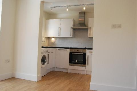 2 bedroom flat to rent - Maunsell Park, Crawley