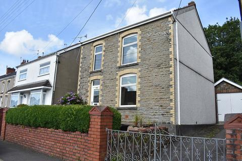 3 bedroom detached house for sale - New Road, Trebanos, Pontardawe, Swansea, City And County of Swansea. SA8 4DL