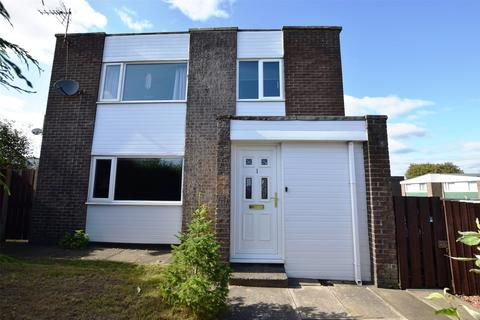 4 bedroom end of terrace house for sale - Beacon Lough