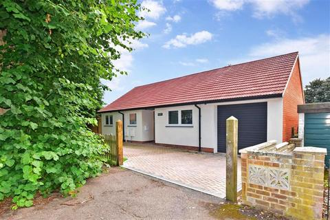 3 bedroom detached bungalow for sale - The Grove, Barham, Canterbury, Kent