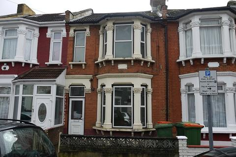 4 bedroom terraced house to rent - Heigham Road, East Ham, London. E6