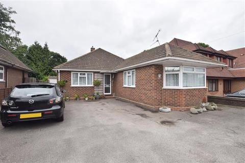 3 bedroom detached bungalow for sale - Wigmore Road, Wigmore, Gillingham, Kent