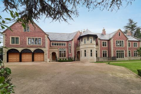 6 bedroom detached house for sale - Broadway, Hale