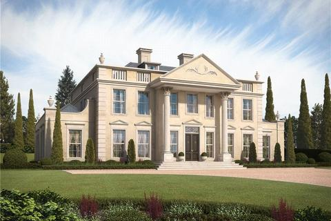 5 bedroom property with land for sale - Sherbourne Drive, Wentworth, Berkshire, SL5