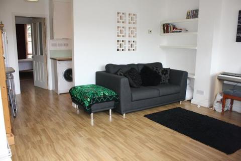 1 bedroom apartment to rent - Addison Road, Guildford, Surrey, GU1