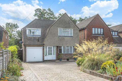 3 bedroom detached house for sale - Lightwater, Surrey, GU18