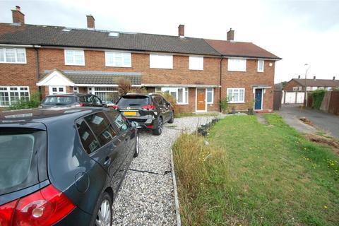 3 bedroom terraced house for sale - Stapleton Crescent, Rainham, RM13