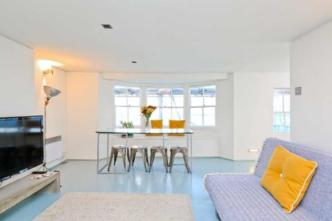 2 bedroom maisonette to rent - Bedford Loft