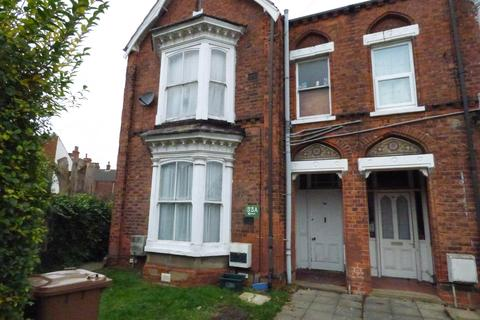 2 bedroom flat to rent - Littlefield Lane, Grimsby DN31