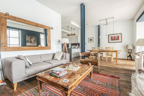 3 bedroom flat for sale - Green Walk London SE1