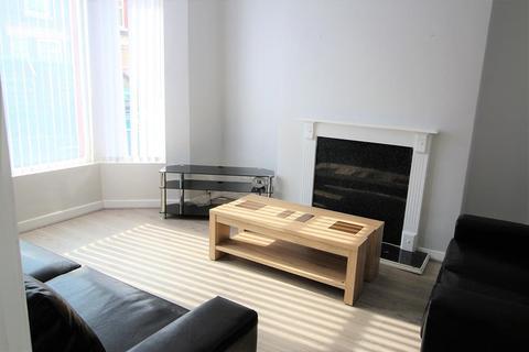 4 bedroom terraced house to rent - Cranborne Road, Liverpool, L15 2HX