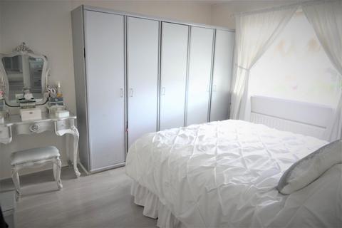3 bedroom semi-detached house for sale - Greens Beck Road, Hartburn, TS18