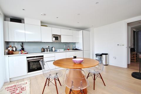 2 bedroom penthouse to rent - Kensington Apartments, Commercial Street, London, E1