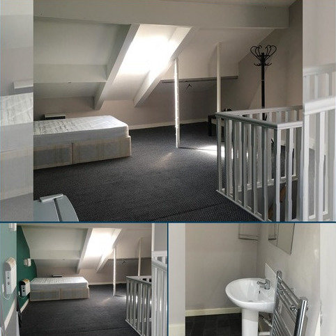 House share to rent - Crompton Street, Coldhurst, Oldham OL1