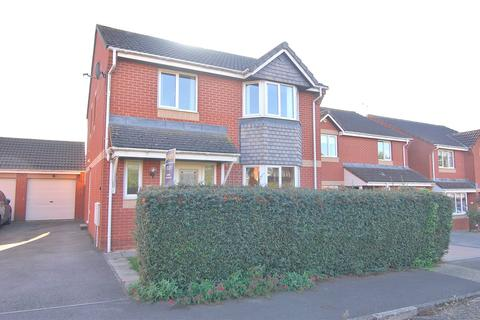 4 bedroom detached house to rent - Arrowsmith Drive, Stonehouse, Gloucestershire, GL10