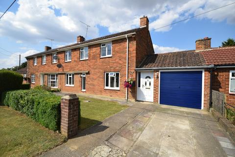 3 bedroom semi-detached house to rent - The Gossetts, Margaret Roding, Dunmow, Essex, CM6