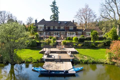 Farm for sale - Pitch Place, Thursley, Godalming, Surrey, GU8
