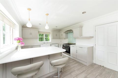 4 bedroom detached house to rent - Warrington Road, Mickle Trafford, Chester, CH2