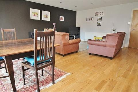 3 bedroom terraced house to rent - Iver, Buckinghamshire