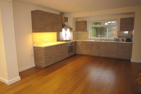 3 bedroom semi-detached house to rent - Alexandra Road, Horsforth, Leeds