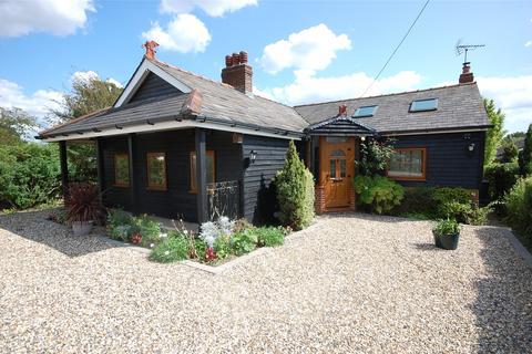 3 bedroom bungalow for sale - Woodham Road, Battlesbridge, Essex, SS11