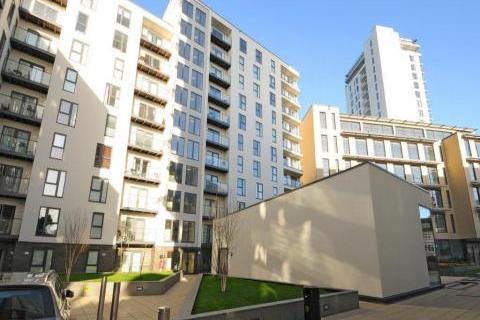 1 bedroom flat to rent - Guildford Road, Woking, GU22