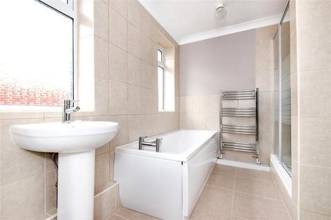2 bedroom semi-detached bungalow to rent - Benmead Road, Kidlington, OX5