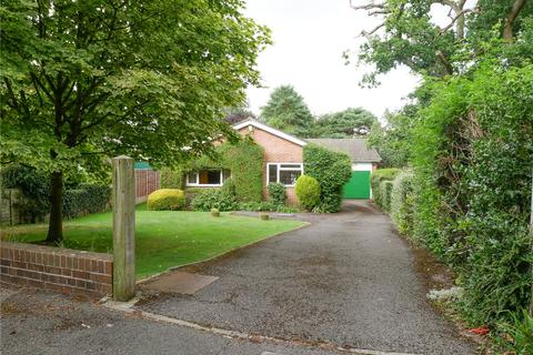 4 bedroom detached bungalow for sale - Falkland Drive, Newbury, Berkshire, RG14