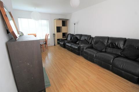 3 bedroom terraced house to rent - Winvale, Slough