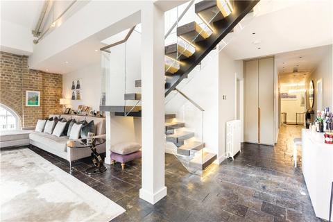 4 bedroom flat for sale - Ivory House, East Smithfield, London, E1W