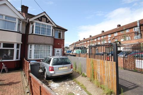 4 bedroom detached house to rent - Winchester Avenue, Kingsbury, NW9