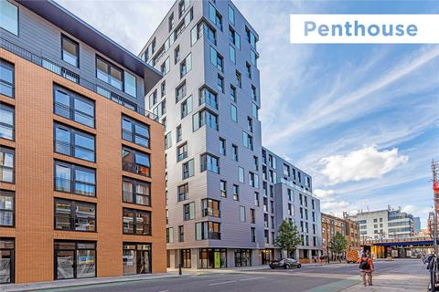 2 bedroom penthouse for sale - Luxe Tower & Eastlight Apartments, 18 Dock Street, London, E1