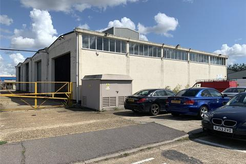 Industrial unit to rent - Charfleet Industrial Estate, Canvey Island, Essex, SS8