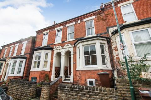3 bedroom terraced house to rent - Pullman Road, Sneinton, Nottingham, NG2 4HF