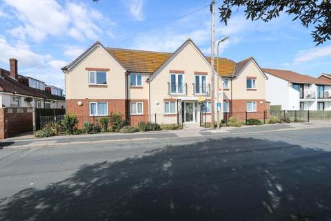 1 bedroom flat for sale - Southwood Road, Hayling Island