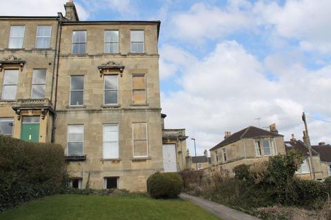 1 bedroom apartment to rent - Beaufort Villas