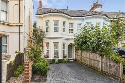 3 bedroom end of terrace house for sale - York Road, Tunbridge Wells