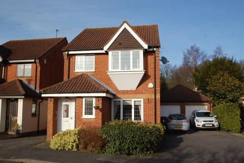 3 bedroom link detached house to rent - Briarswood Hazlemere